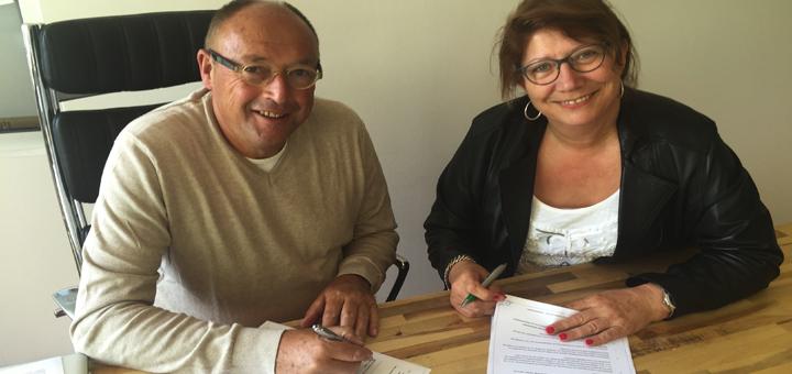 jan_stijger-monique_tekenen-partnercontract_vfc_vlaardingen_mundo-kinderopvang